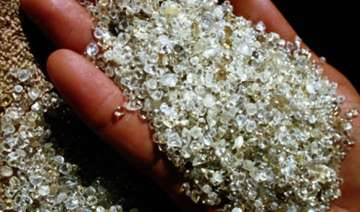 two africans held for smuggling diamonds - India...