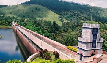 two kerala ministers hold fast over mullaperiyar...