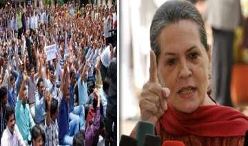 united andhra protesters build tomb for sonia...