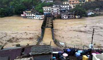 uttarakhand 45 choppers over 10 000 troops...