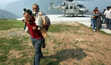 uttarakhand flood volunteers reach out to...