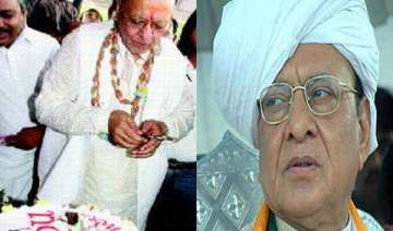 vaghela celebrates his 72nd birthday with 3 tier...