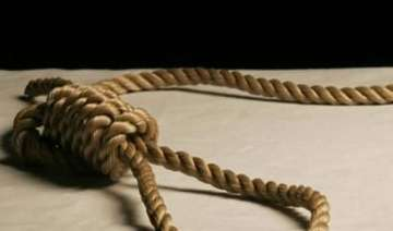 woman kills daughter commits suicide - India TV