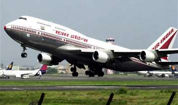 worms found in sandwich served on air india...