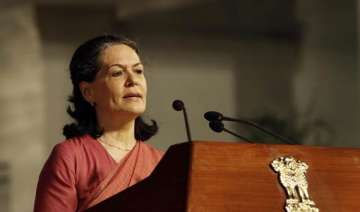 i will fight for lokpal bill sonia - India TV