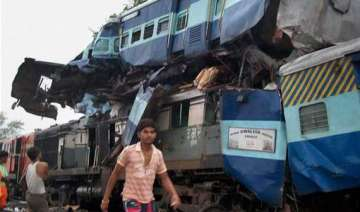 1 220 killed in train mishaps in 5 yrs in india...