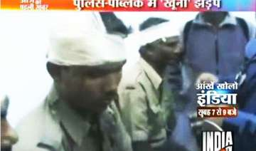2 killed 20 injured after bengal police fires on...