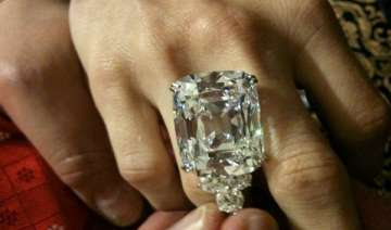 76 carat indian diamond to be auctioned at...
