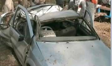 5 killed as indica car rams into tree in punjab -...