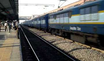 8 special trains to clear diwali rush - India TV