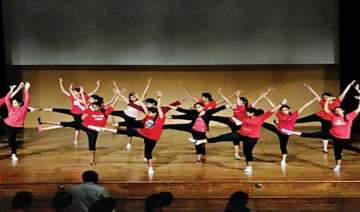 982 girls stage musical concert in bangalore -...