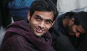 umar khalid demands steamed momos during...