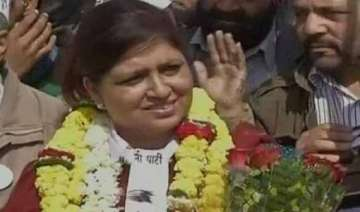 aap s savita bhatti opts out of ls contest -...