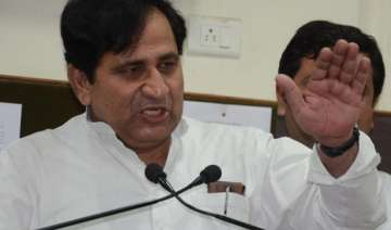 anna and ramdev flop stars says shakeel ahmed -...