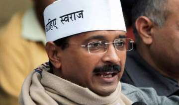 arvind kejriwal dines with donors for fund...