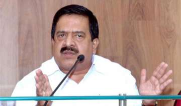 congress top brass to resolve chennithala issue -...