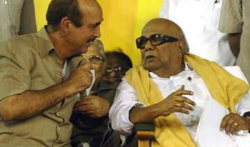 congress fails to persuade dmk on fdi issue -...