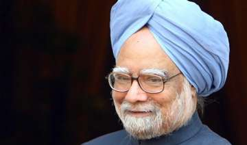credibility is currency pm tells media - India TV