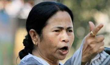 mamata takes on non performing ministers in west...