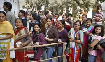 ec increases polling time by two hours for lok...