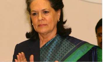face poll confidently sonia to congress mps -...