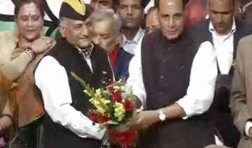 former army chief retd gen v k singh joins bjp -...