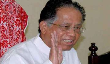 gogoi meets rahul twice may go for assam cabinet...