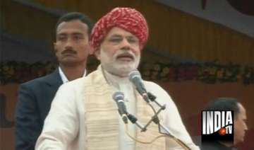 i day speech modi makes caustic remarks at pm...