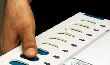bihar polls 458 candidates left in fray for...