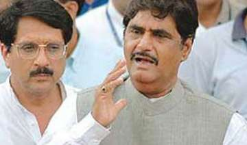 munde leads bjp agitation against price hike -...
