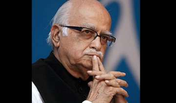 advani not amused with bjp mps joining mock...