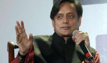 saradha scam not a small matter says shashi...