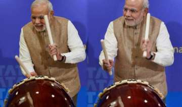 when pm modi played drums at japan watch video -...