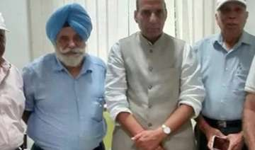 ex servicemen meet rajnath singh seek early...