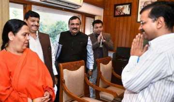 uma bharti meets kejriwal discusses plan to clean...