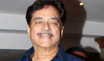 shatrughan sinha not seeking jd u ticket for wife...