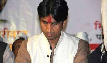 congress slams vishwas says aap unable to digest...