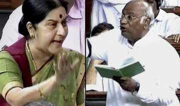 sushma swaraj vs mallikarjun kharge war of words...