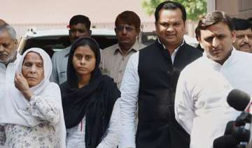 up govt sends report to centre on dadri lynching...