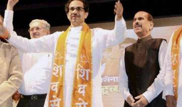 shiv sena does away with bjp alliance for kdmc...