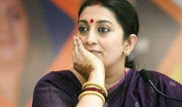 smriti blasts congress for staging protest...