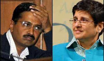 arvind kejriwal kiran bedi war of words hots up -...