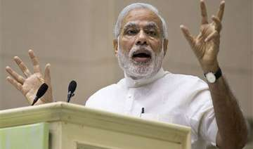 pm modi to have naav pe charcha with french...