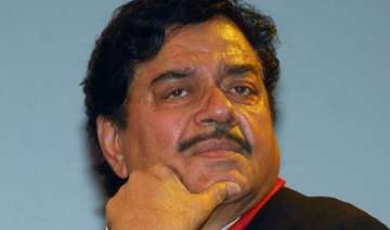 no action against shatrughan sinha before bihar...