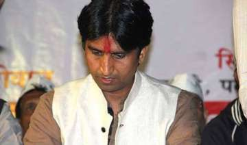 kumar vishwas seeks apology over character...