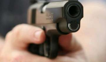 bihar polls independent candidate shot at in...