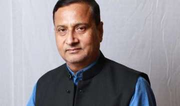 congress hits out at bjp over aiims issue holds...