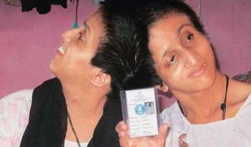 bihar polls conjoined twins farah and saba vote...
