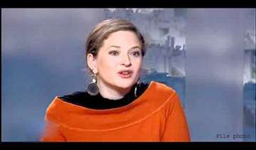 40 french journalists publicly denounce sexist...