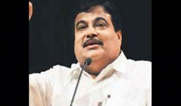 corruption in cwg projects had political backing...